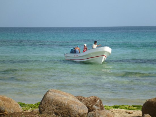 Paraiso Beach Hotel: Beach