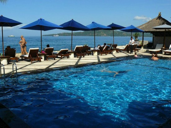 Royal Candidasa: Royal Bali Beach Club : Pool area