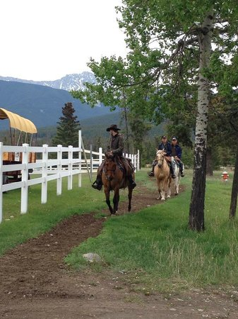 Jasper Park Stables at the Fairmont Jasper Park Lodge: Our guides and horses are the best!
