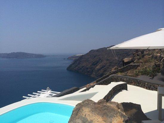 Aenaon Villas: views