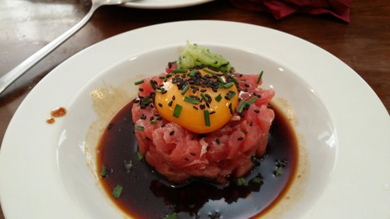 Taberna Moscatel: Tartar de atún.