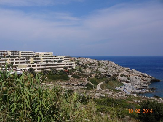 Kalithea Mare Palace : widok hotelu z drogi do Faliraki