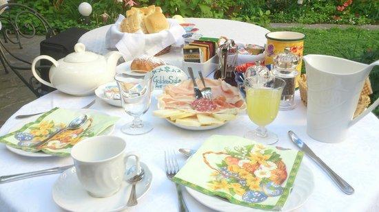 Il Giardino Incantato Bed and Breakfast : The Fantastic Breakfast