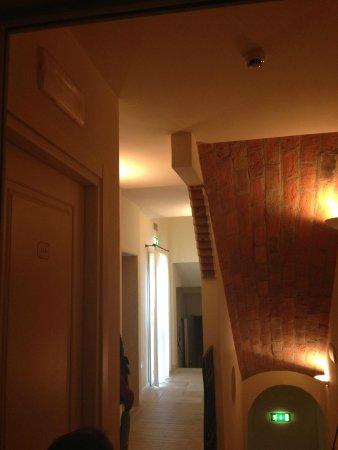 Hotel Albergo Atlantic: il corridoio