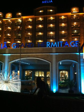 Melia Grand Hermitage: hotel from the outside