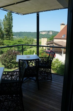 La Maison d Hotes d'Anne Fouquet : view of and from the balcony