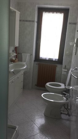Residence Chalet Bucaneve: Bagno