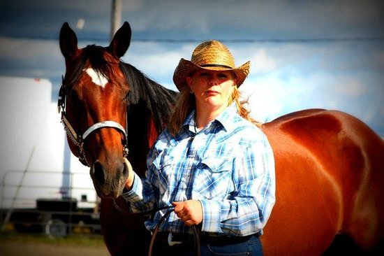 Emo, كندا: Dreamweaver Ranch - Angela Halvorsen & Zippos Ms Debonaire (Star) August 2011
