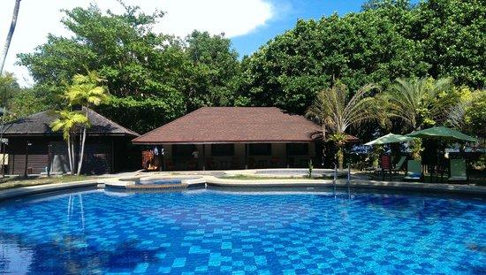 Manukan Island Resort: 宿泊者専用のプール