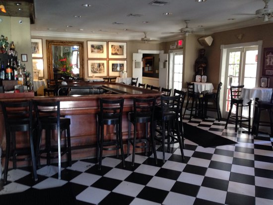 La Te Da Hotel : Hotel bar