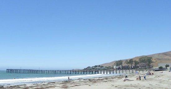 Cayucos Shoreline Inn...on the beach : California Classic - Cayucos!