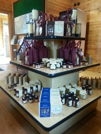 Tilford Woods Lodge Retreat: Tilford Woods gifts