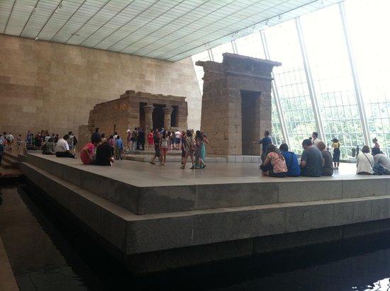The Metropolitan Museum of Art: Templo de Dendur.