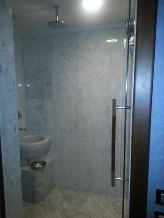 Renaissance Izmir Hotel: banyo