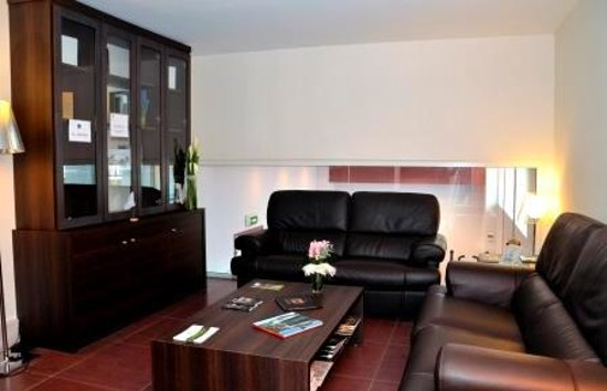 Best Western Plus Hotel Richelieu : Bibliothèque/ Salon