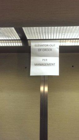 SpringHill Suites Houston Medical Center/NRG Park : Elevator broken the entire stay