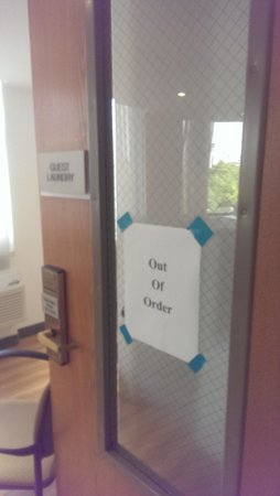 """SpringHill Suites Houston Medical Center/NRG Park : Laundry room """"out of order"""" entire stay"""