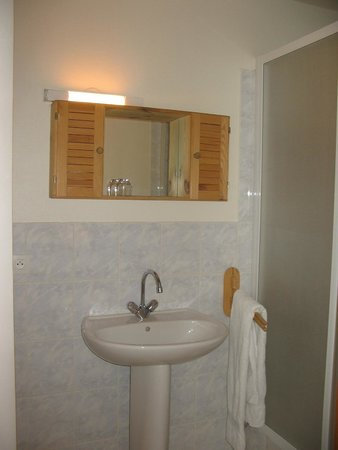 Auberge De Pra-loup : salle de bain