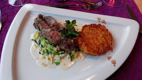 Hotel Restaurant Baeren: Hauptspeise Lamm