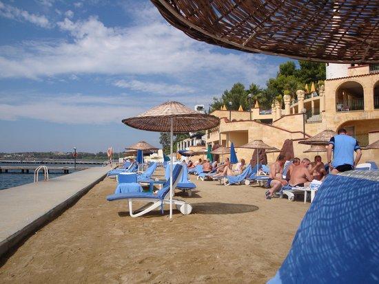 Hotel Fantasia Deluxe: La plage
