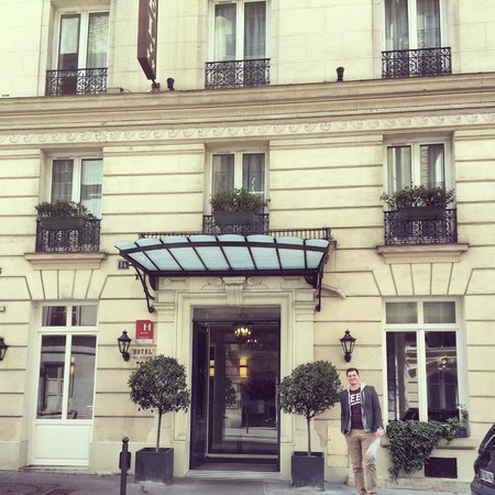 Hotel Val Girard : Front of hotel