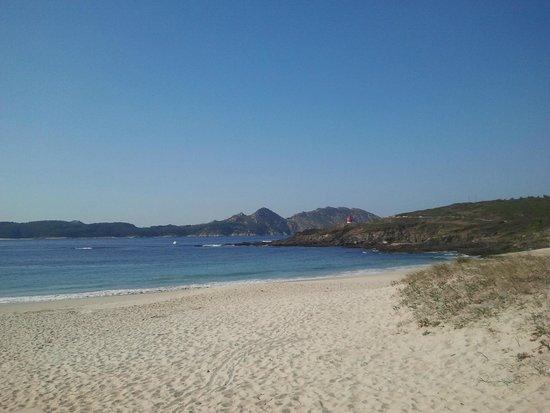 Casa O Canastro: Playas de arena blanca