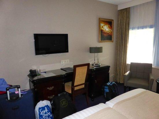 Best Western Plus Hotel Blue Square: Ground floor room