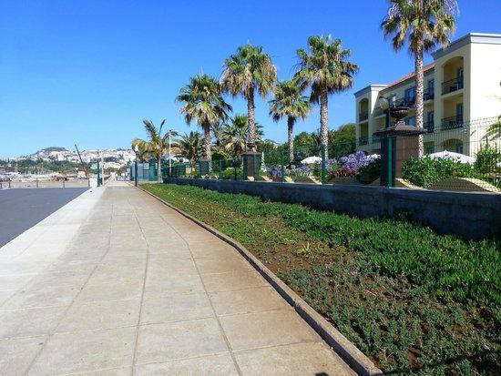 Porto Santa Maria Hotel (Porto Bay): Ocean Walkway at PSM