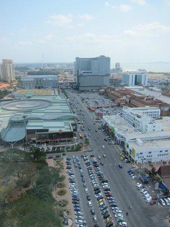 Menara Taming Sari : Aerial view of Melaka shopping area