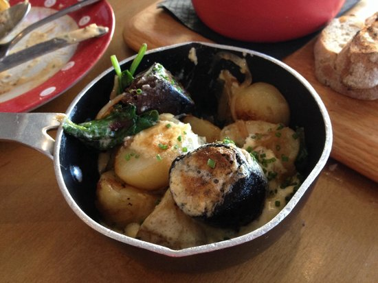 Deano's Graze & Grill: French black pudding and Lyonnaise potatoes in a Hollandaise sauce - Grazing dish
