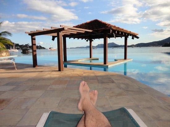 Mercure Angra dos Reis: Vista a partis da piscina... relax!
