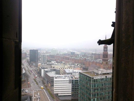Mahnmal St. Nikolai: City view from the top