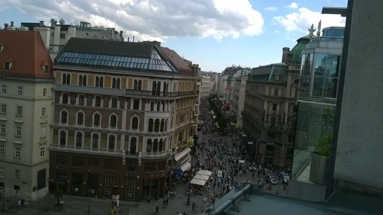 Hotel Am Stephansplatz: View from room 607