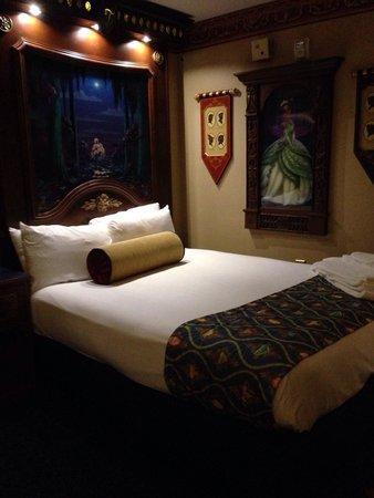 Disney's Port Orleans Resort - Riverside: Beds:)