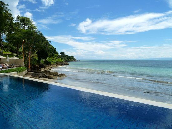 Four Seasons Resort Bali at Jimbaran Bay : Pool & Sea