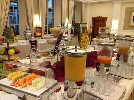 Hotel Stefanie: Le petit dej