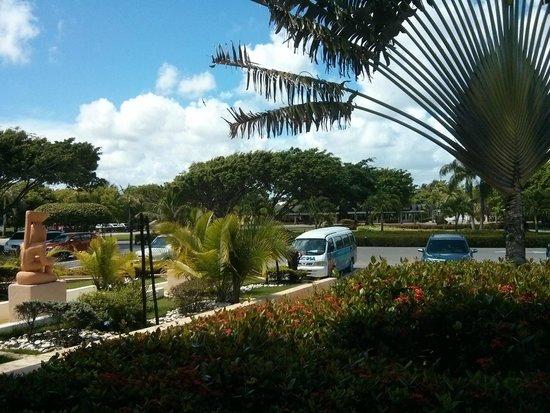Sirenis Punta Cana Resort Casino & Aquagames : Enceinte de l'hôtel