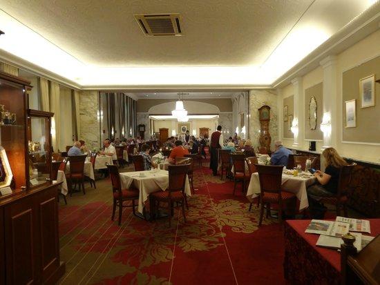Hotel Stefanie: La salle à manger