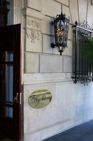 The Hay-Adams: Entrance to hotel.