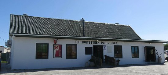 Buitesteen Pub and Grill