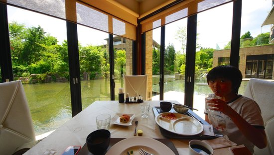 Hotel Harvest Hakone Koshien: 箱根甲子園