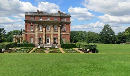 Clandon Park: Formal Garden