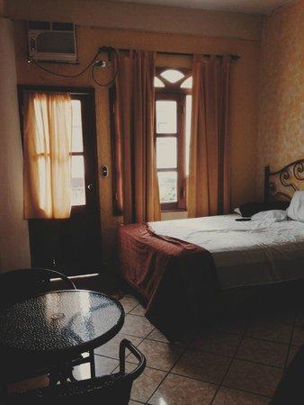 Mayaland Plaza Hotel: sleeping area