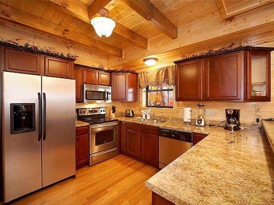 Elk Springs Resort: Full Kitchens
