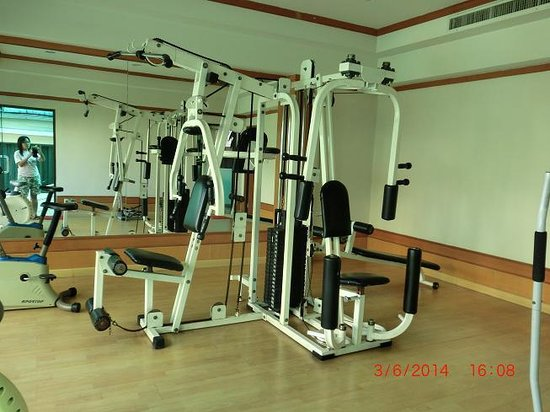 Bossotel Bangkok: gymroom
