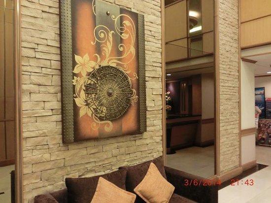 Bossotel Bangkok: lobby