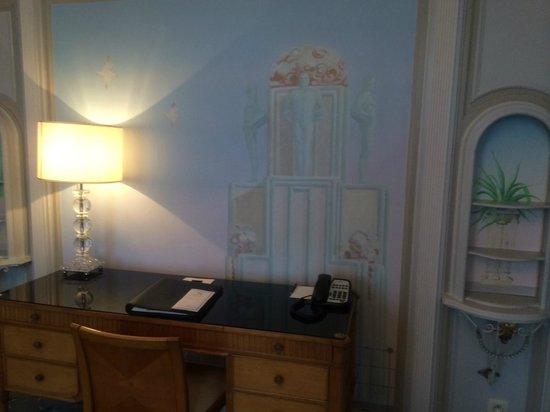 Hotel Metropole : Room