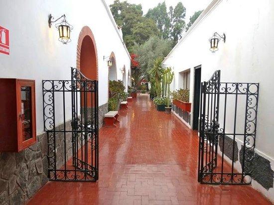Hotel Majoro: vers les chambres