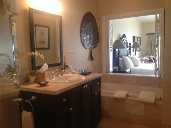 Villa del Mar : View into studio suite from bathroom