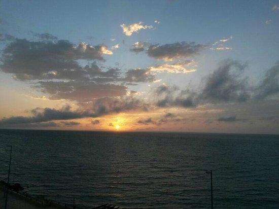 Hotel Buenavista : Lever du soleil, vue depuis la suite